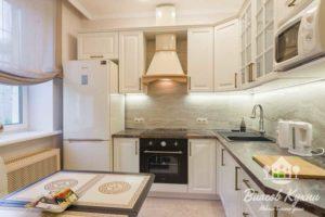 Классическое исполнение в цвете слоновая кость у Власов Кухни